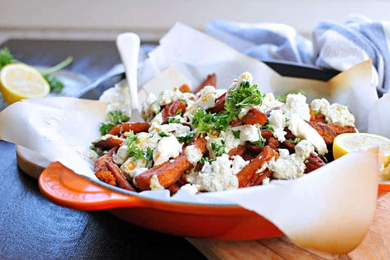 greek sweet potato fries with curried tzatziki (via thepigandquill.com)