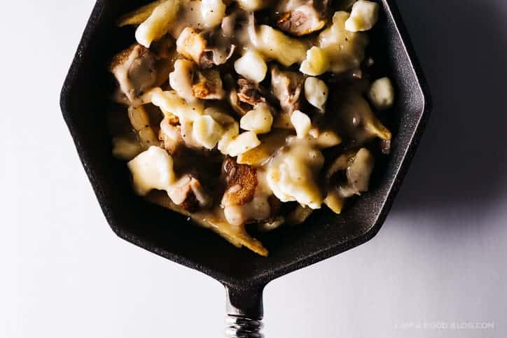 peking duck poutine | i am a food blog guest post (via thepigandquill.com)
