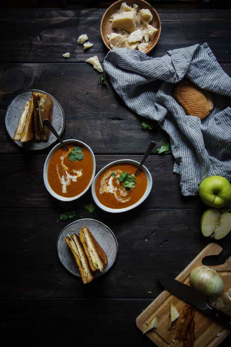 tomato-bacon bisque + apple-bacon grilled cheese |two red bowls guest post! (via thepigandquill.com)