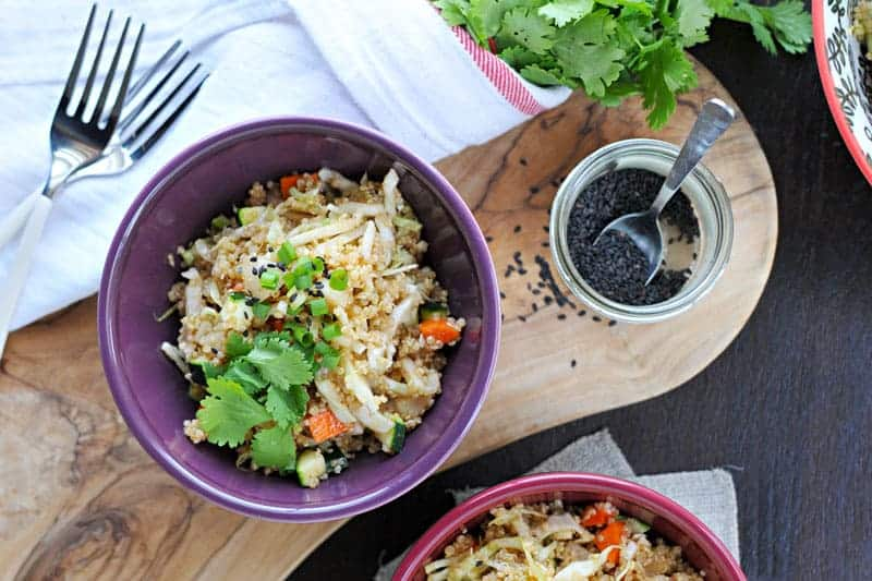 herbed asian quinoa salad recipe (gluten-free) | via thepigandquill.com
