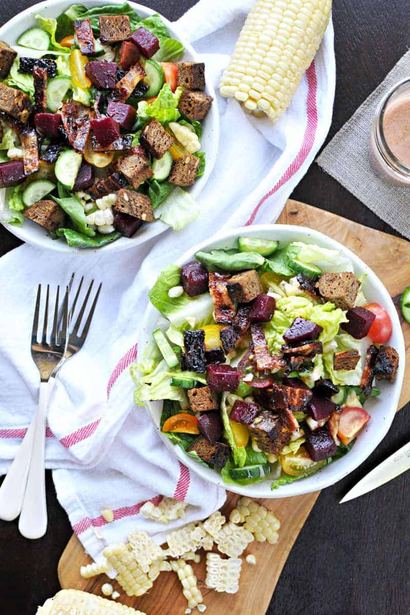Ultimate Summer BLT Bowls - with BBQ bacon, sweet corn, pickled beets, rye croutons, raspberry-dijon dressing and more! (via thepigandquill.com) | #salad #summer #bacon #blt