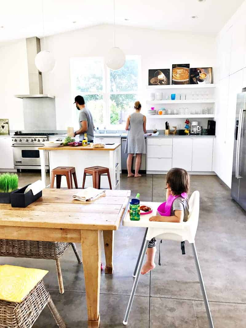 Sonoma Weekend Getaway - The Most Fabulous (Kid-Friendly!) Modern Farmhouse @airbnb! (thepigandquill.com)