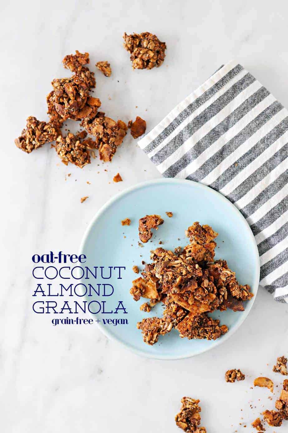 Oat-Free Coconut Almond Granola Recipe | Grain-Free + Vegan (via thepigandquill.com) #breakfast #mealprep