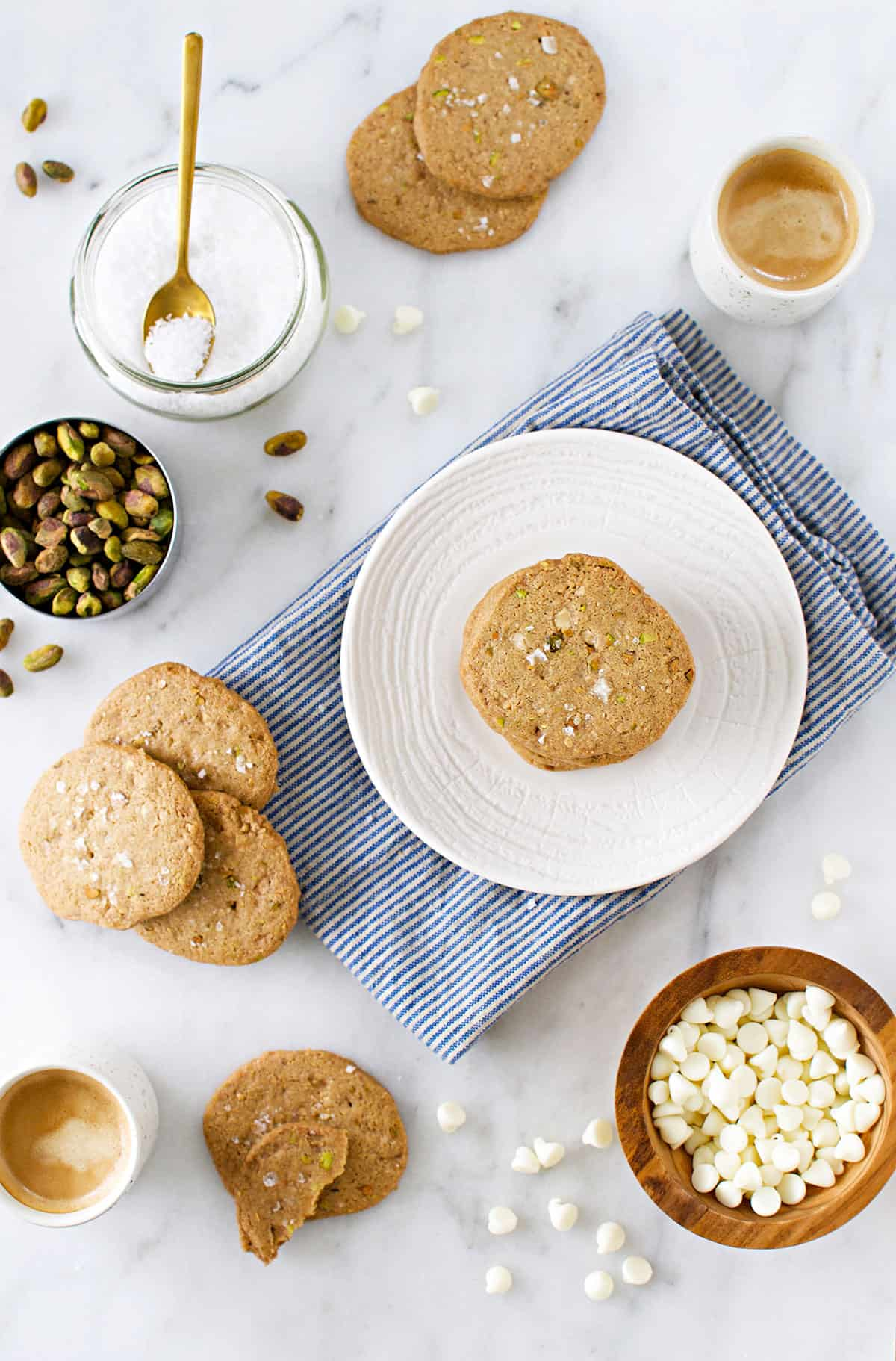 White Chocolate Pistachio Cookie Crisps recipe - egg-free, gluten-free white chocolate cookies studded with salty pistachios. Positively addictive! (via thepigandquill.com) #sweets #dessert #baking