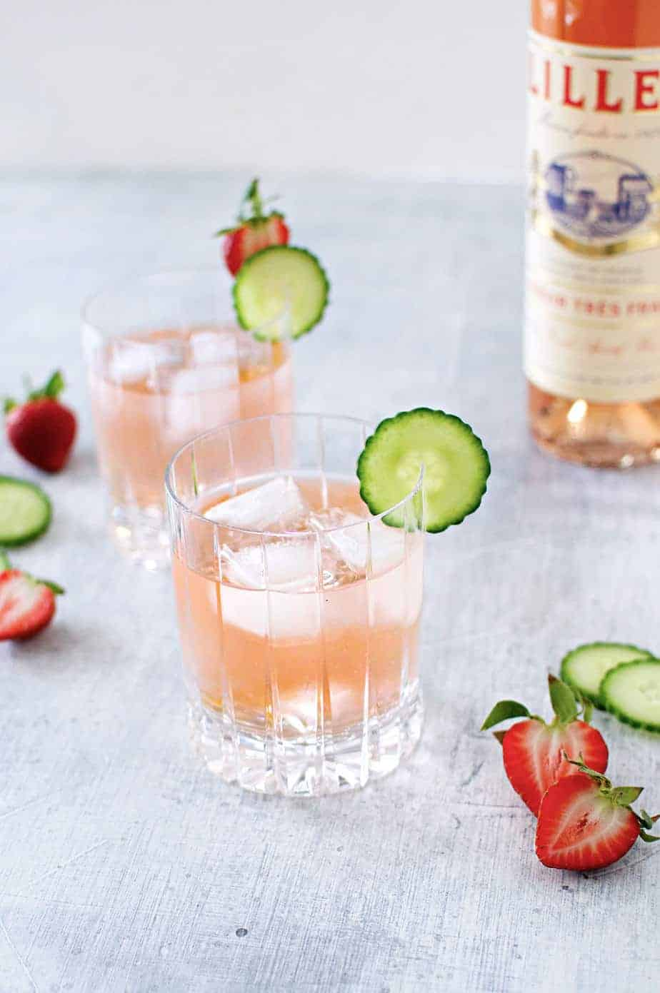 The Lillet® Spritz recipe (via thepigandquill.com) -- the perfect not-too-boozy classic cocktail for outdoor entertaining and springtime brunches!