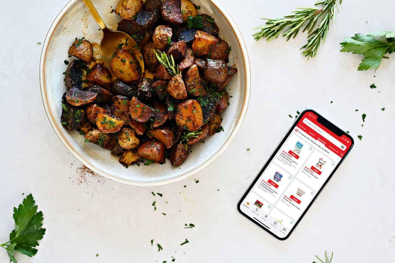 Chili Butter Braised Crispy Pan Roasted Potatoes recipe (via thepigandquill) #holidayrecipe #thanksgiving #dinner #glutenfree #vegetarian