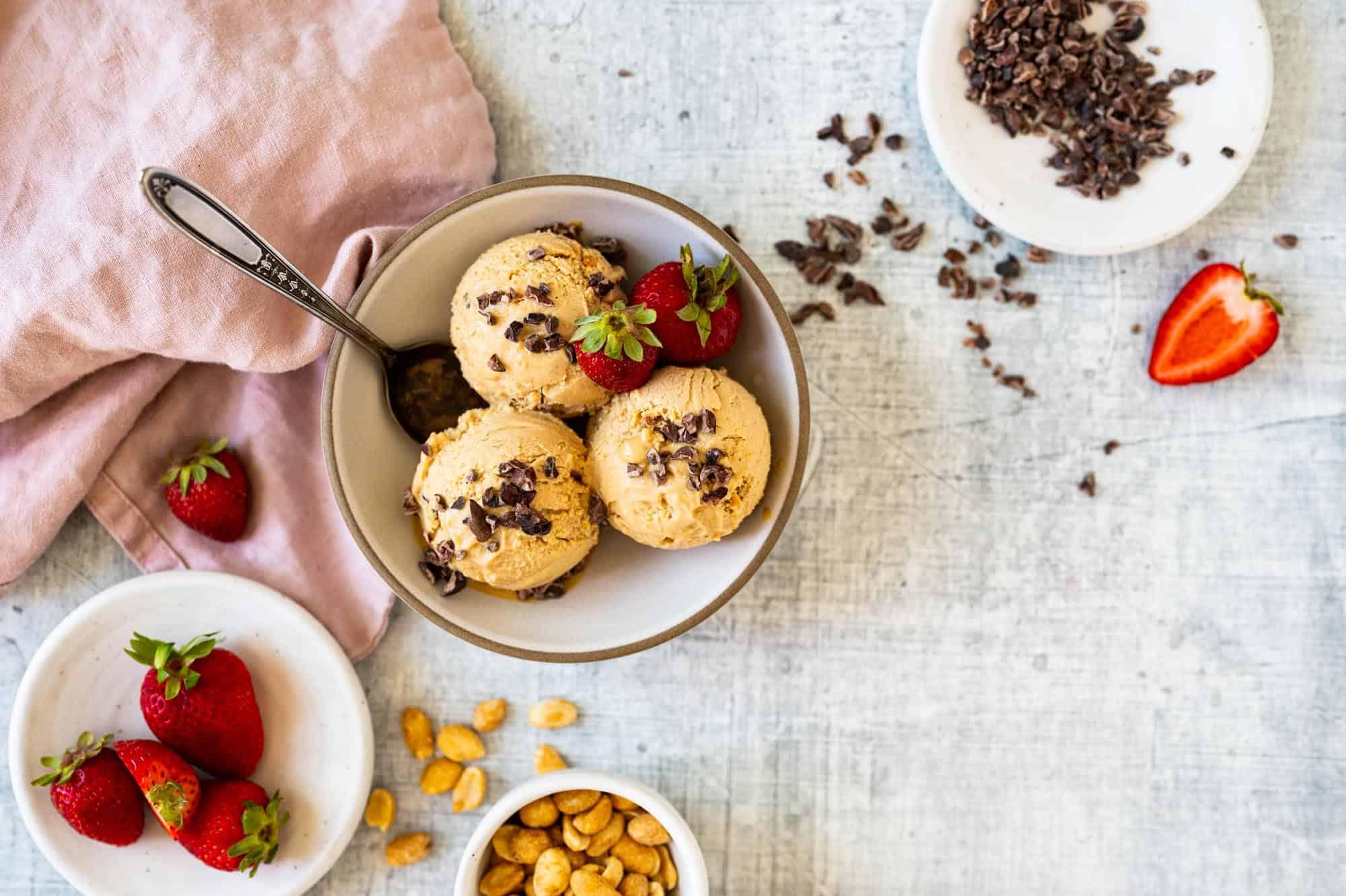Almost Vegan Peanut Butter Ice Cream Recipe via thepigandquill.com #dairyfree #eggfree #plantbased
