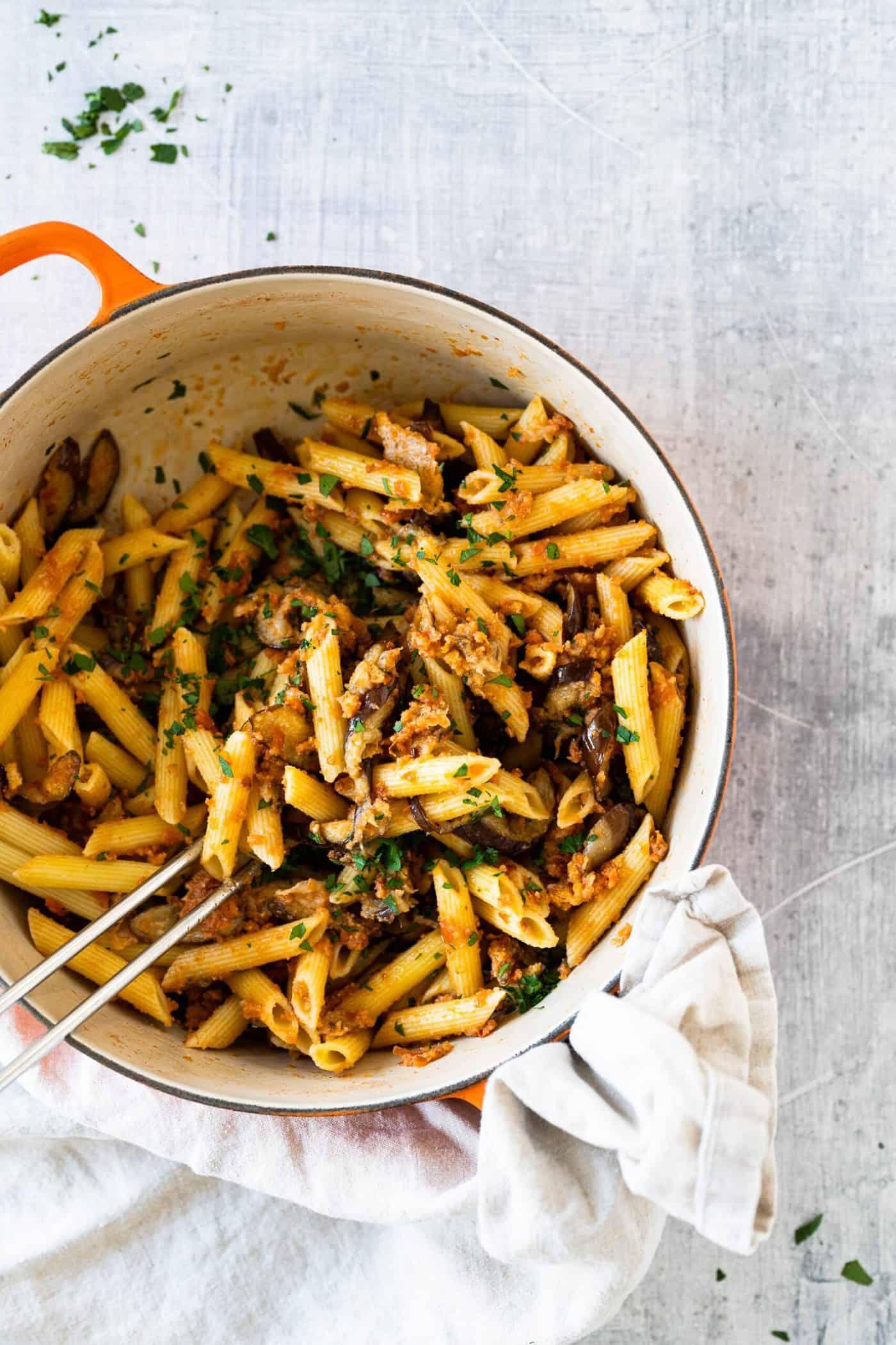 One Pot Easy Eggplant Parmesan Pasta recipe via thepigandquill #vegetarian #weeknightmeal #vegan